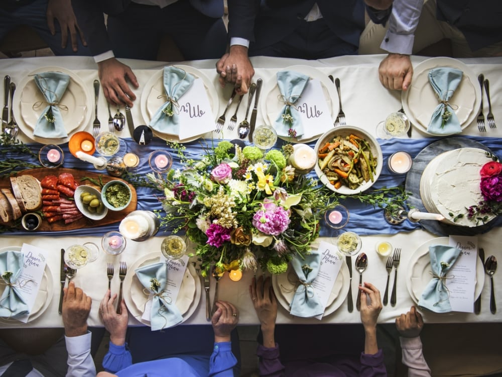 Wedding Rehearsal Dinner What To Expect Smartest Brides