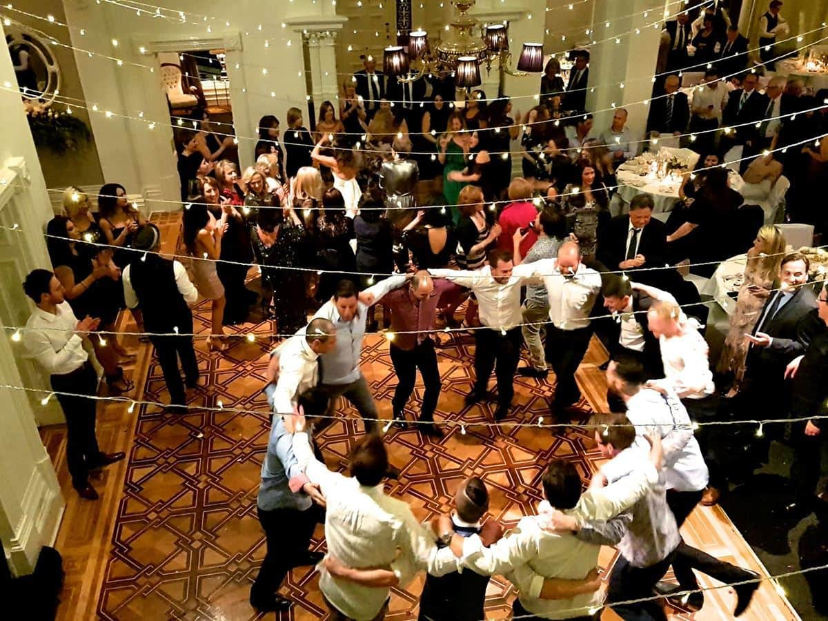 Ceremony And Reception Music: Best Wedding Music For Your Ceremony & Reception